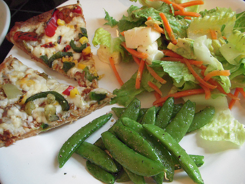 Kashi Mexicali Black Bean Pizza, Sugar Snap Peas & Garbage Salad